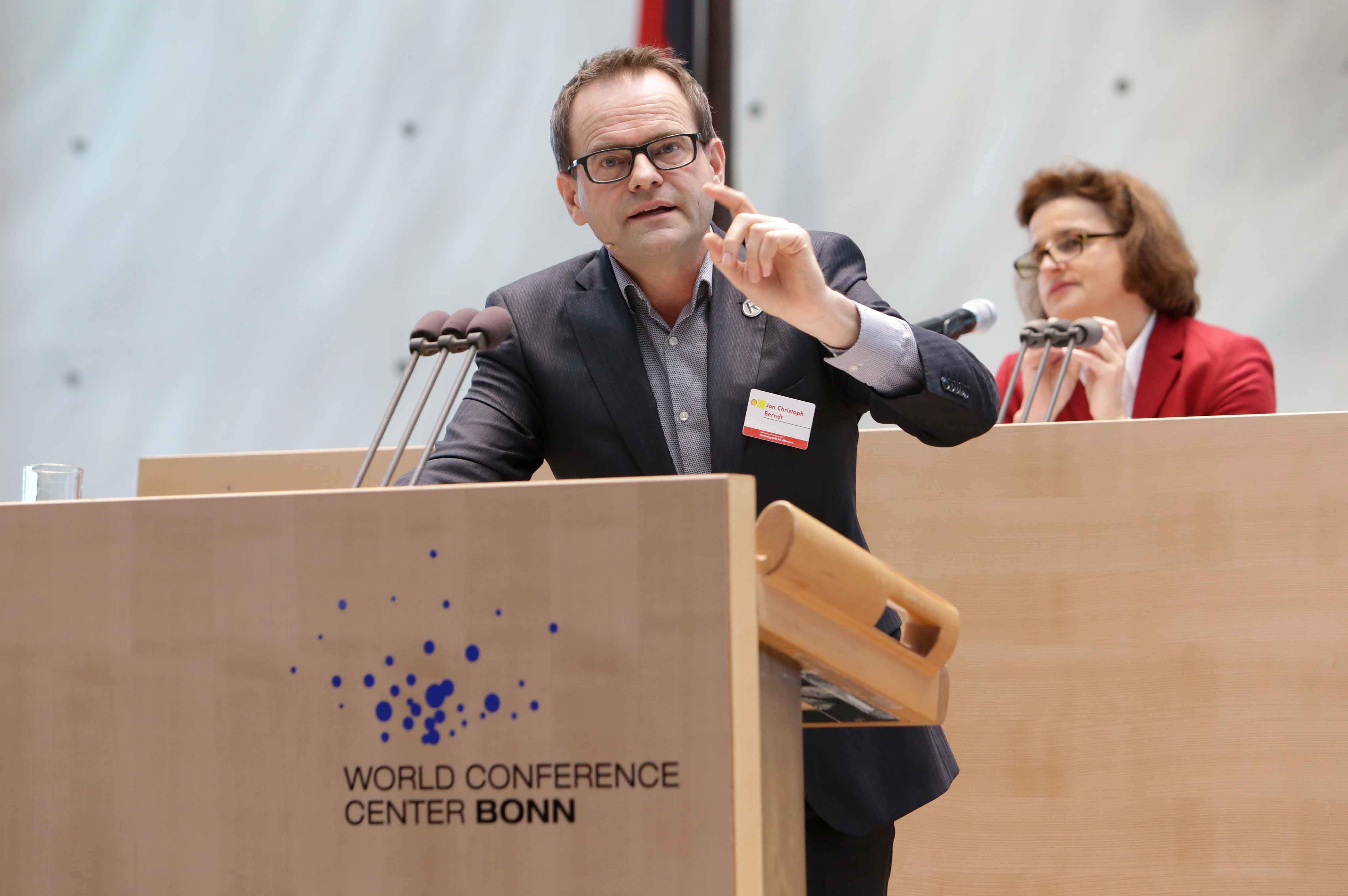 160309-shell-bundestag-copyright-jrn-wolter-6